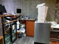 SPACIOUS SINGLE FRONTED PIZZA SHOP FOR SALE