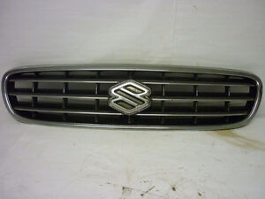 EXCELLENT grille suzuki esteem 2001 2002 wagon or sedan