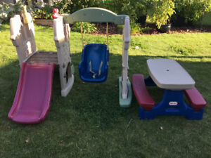 Little Tykes swing set and Little Tykes picnic table - $100