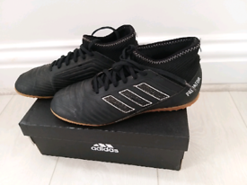 Adidas football shoes, size 5
