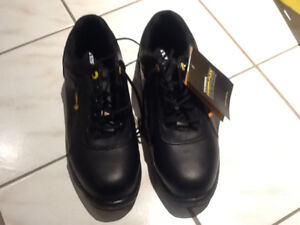 Brand New Terra Carter Safety Work Shoe 10.5  MADE IN CANADA