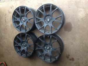 Ford 4 bolt alloy wheels
