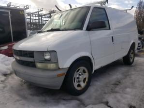 Chevrolet astro 2005 propre  !!