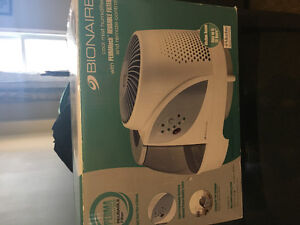 Bionaire humidifier with remote Kitchener / Waterloo Kitchener Area image 1