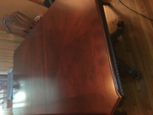 Dining room set - cherry