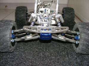 T Maxx Monster Rolling  Chassis