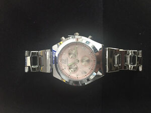 Women's watch - BRAND NEW!