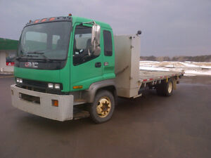 Camion plate forme