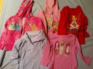 Lot of girls 3T tops/hoodies