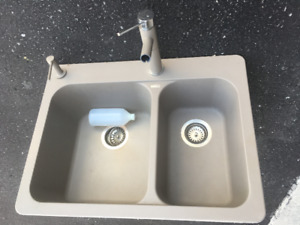 Silgranite DualSink With Matching Blanco Faucet & Soap Dispenser