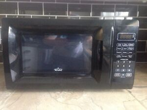 Rival Microwave 0.6 cu. ft. Kitchener / Waterloo Kitchener Area image 1