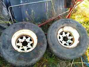 "12.5"" wide Ford truck rims with 33s"