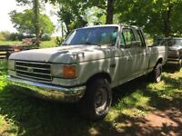 1988 Ford F-150 parts truck
