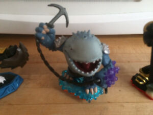 Loads of Skylanders, Accessories and Carry Case All like new