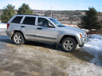 2006 Jeep Grand Cherokee Laredo SUV, Crossover