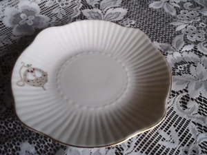 FINE BONE CHINA CAKE PLATE, BROACH BY TARA,  IRELAND