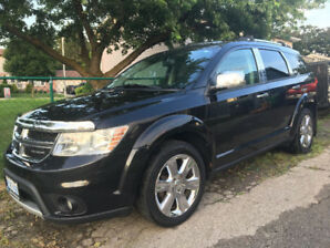 2012 Dodge Journey RT Mid Size SUV - Fully Loaded