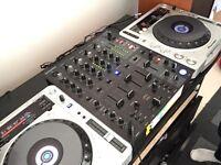 PIONEER CDJ 800 MK2 & BEHRINGER DJX 750 MIXER