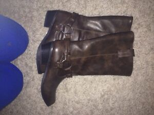 Ladies boots and purse