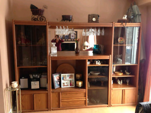 **Free**Large wall Unit with Glass Cabinets and Mirror
