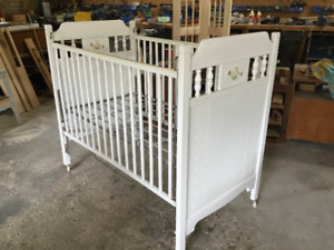 Baby Crib Frame and Spring