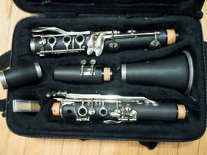 Clarinet for student. Sold as is.