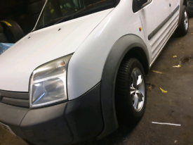 ford transit connect nearly brand new wheels and cross climate tyres