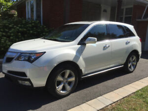 Acura MDX Tech AWD 2011 DVD NAV 7places 117000kms toutes options