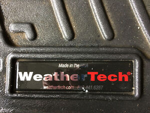 WeatherTech place mats for Chrysler 200