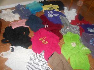 Lot de vêtement enfant fille médium 21 morceaux West Island Greater Montréal image 3