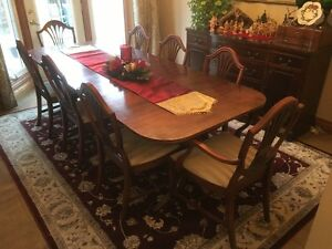 Antique Duncan Phyfe table and 8 chairs