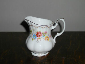 ROYAL ALBERT JUBILEE ROSE FINE BONE CHINA FOR SALE!