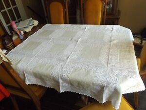 table cloth hand made. Cambridge Kitchener Area image 1