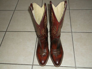 Like New Size 9 Cimmarron Mens Cowboy Boots