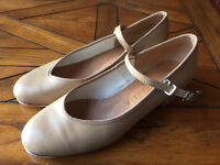 Angelo Luzio Size 6 Tap Shoes with Duo-tone Taps - Perfect!