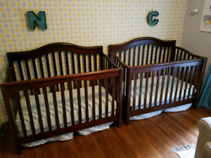 Crib - Matching set for twins