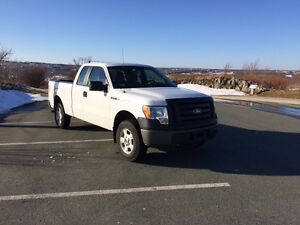 2011 Ford F-150 XL SUPERCAB 4WD Pickup Truck with V6 Engine