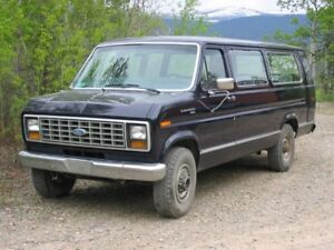 1989 Ford E350 Ecoline 15 Passanger VAN in good conditions