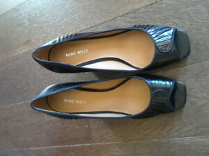 Size 9. Nine West Black Shoes