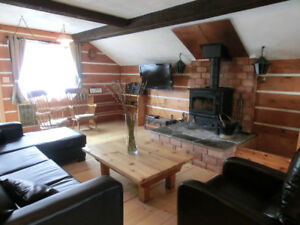 Luxury Chalet, Hot Tub & Sauna - Available from end of March