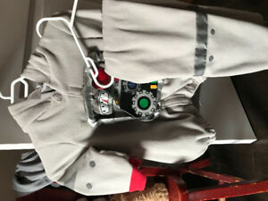 Size 4-6 Y Robot Costume $5