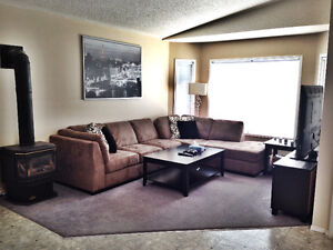 3 bedroom 2 bath All Utilites Included
