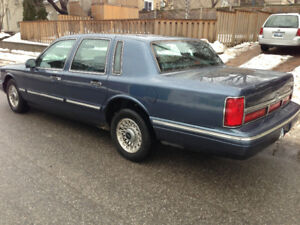 1996 Lincoln Town Car E passed ...  nice..$800