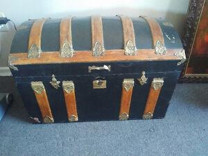 2 trunks London Ontario image 6