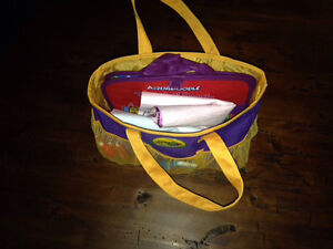 AQUADOODLE TRAVEL, FLOOR MAT, DISNEY & CARRY BAG LOT Kitchener / Waterloo Kitchener Area image 8