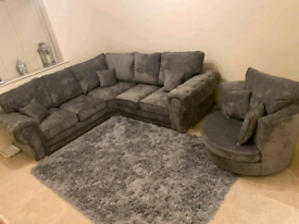2c2 Verona Corner With Full Back Cushions + Cuddle Chair