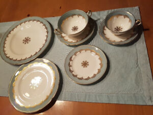 Foley China 12 place 7 piece settings ...in mint condition
