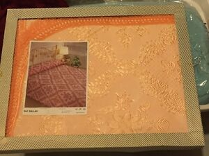 Peach Coloured Bedspread – Queen sized