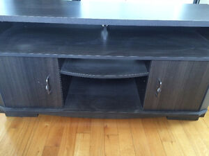 Solid Wood TV-Entertainment Cabinet/Stand