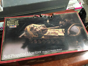1:32 Scale Model WWII Military Howitzer Tank